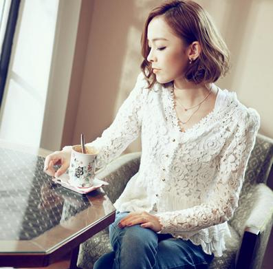 Тонкая прозрачная блузка для женщин  - 1