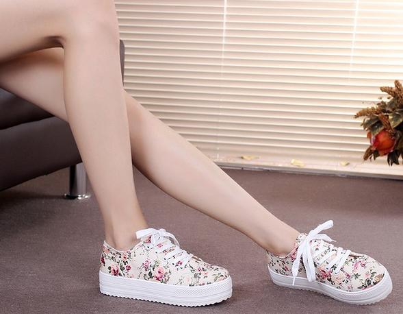 Стильные модные кроссовки для женщин - 6