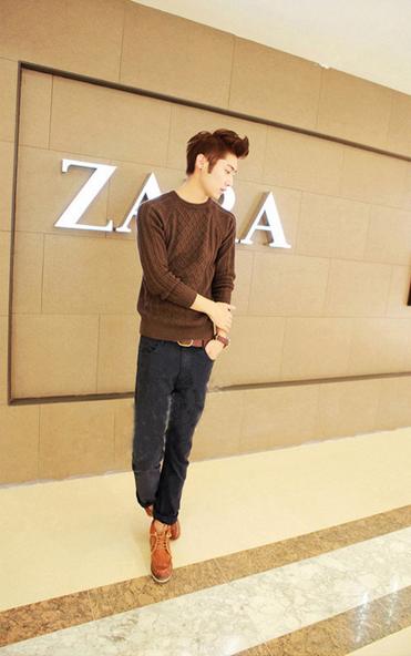 Модный мужской свитер для стильных мужчин  - 5