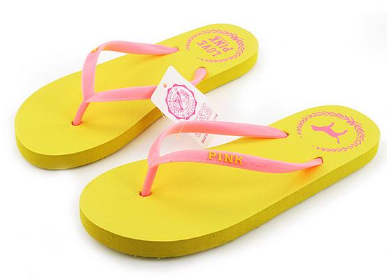 Удобные пляжные сандали для женщин