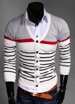 Стильный свитер №1